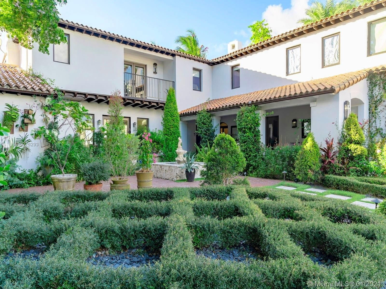Single Family Home at La Gorce Country Club, Miami Beach, FL 33140