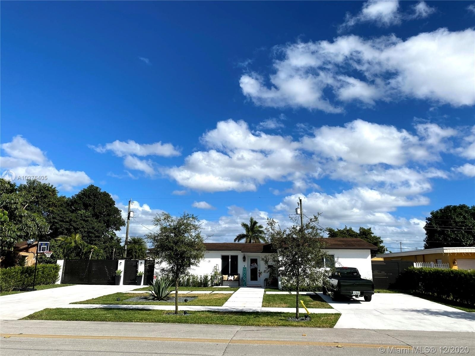 Property at Palm Springs North, Hialeah, FL 33015
