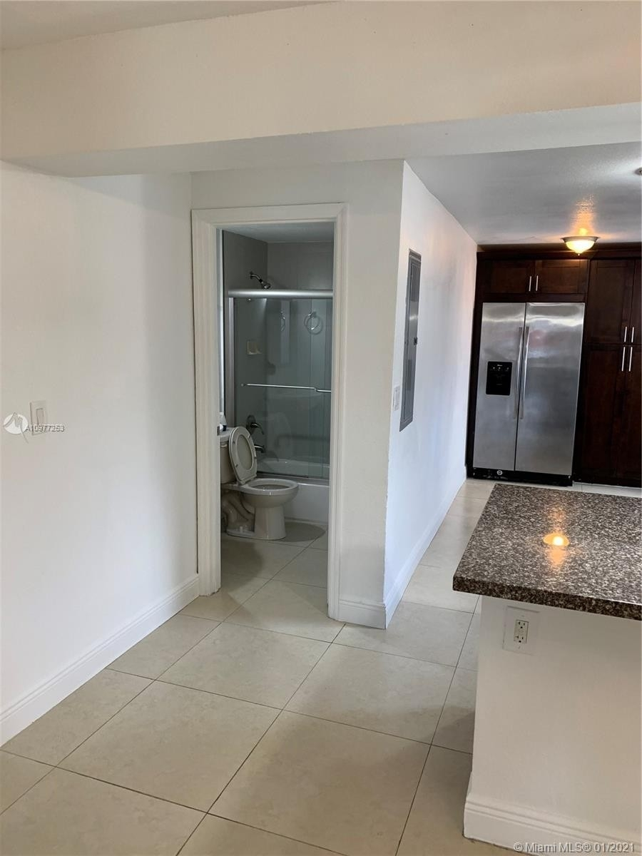 8. Multi Family Townhouse por un Venta en Beverly Heights, Miami, FL 33142