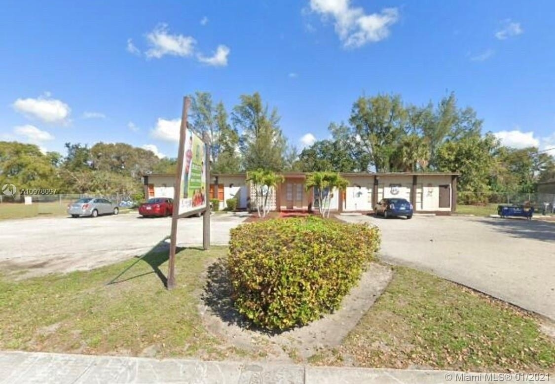 Other for Sale at Hialeah, FL 33014