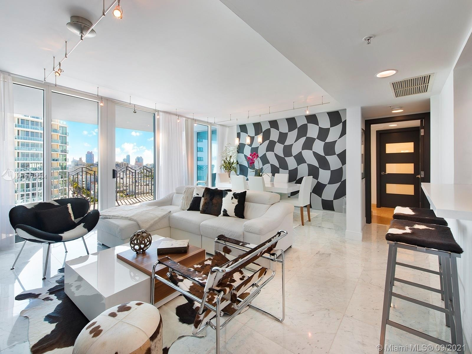 Property at 1500 Ocean Dr , 1106 Miami Beach City Center, Miami Beach, FL 33139