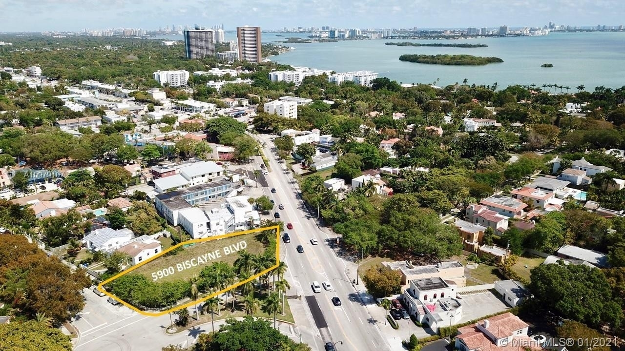 Commercial for Sale at MiMo District, Miami, FL 33137