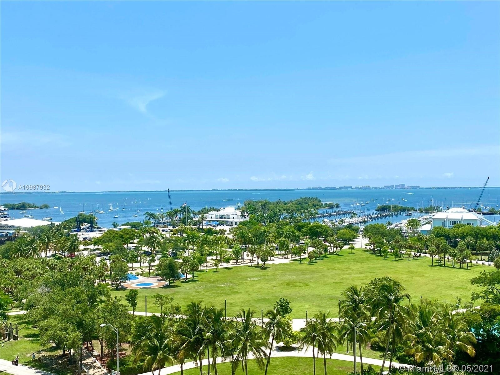 2. Condominiums for Sale at 2811 S Bayshore , 9B Coconut Grove, FL 33133