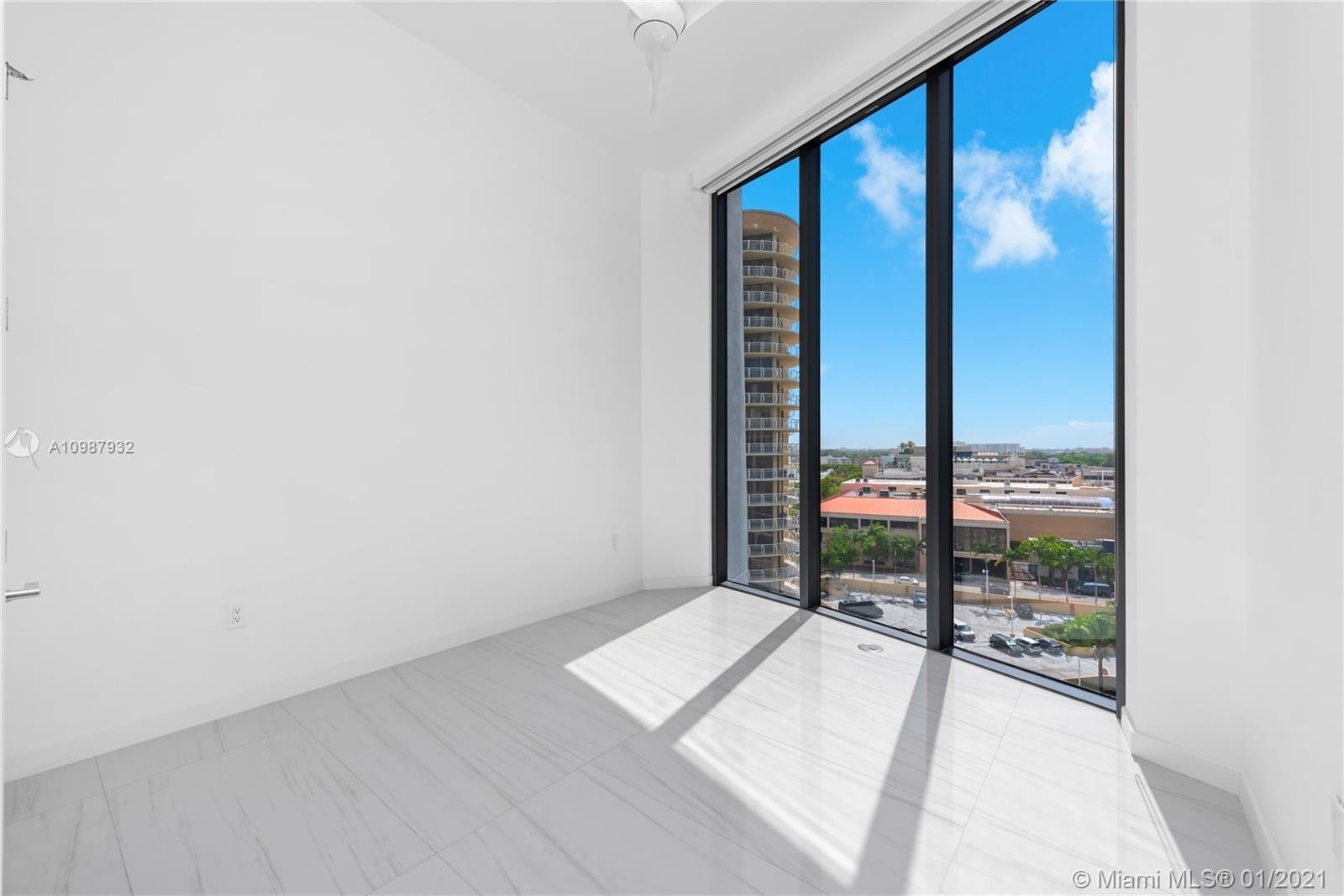 8. Condominiums for Sale at 2811 S Bayshore , 9B Coconut Grove, FL 33133