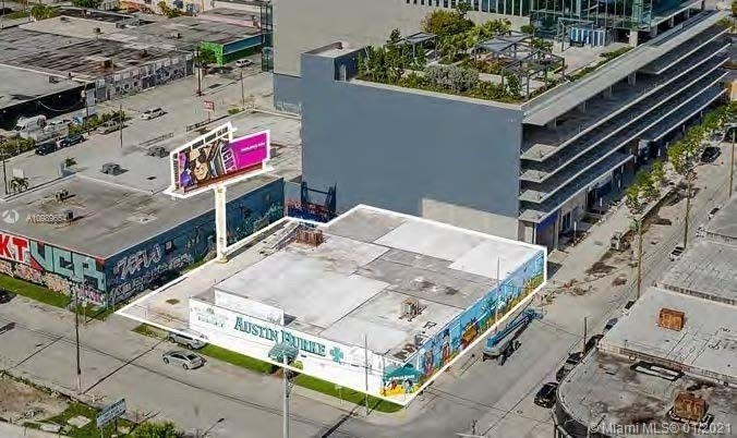 Property 為 特賣 在 Miami Fashion District, Miami, FL 33127
