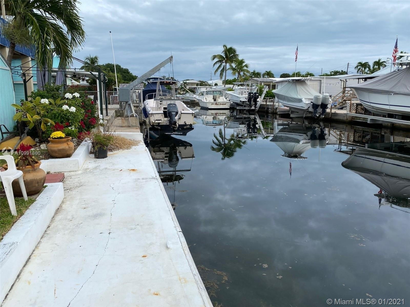 Single Family Home for Sale at Cross Key Waterways Estates, Key Largo, FL 33037