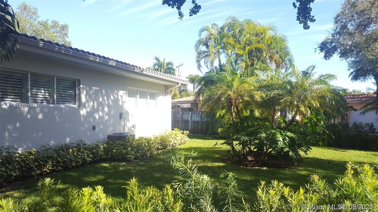 16. Single Family Homes for Sale at Northeast Coconut Grove, Miami, FL 33133