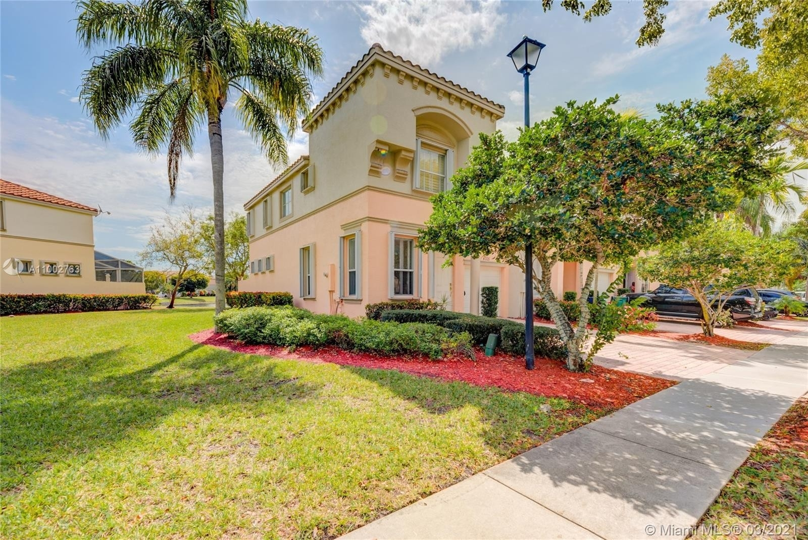 Single Family Home for Sale at Country Lakes, Miramar, FL 33027