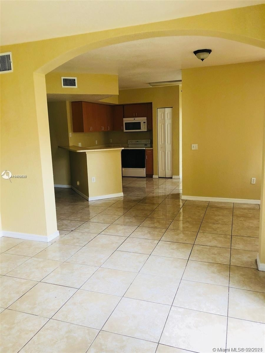Alquiler en Address Not Available North Lauderdale, FL 33068