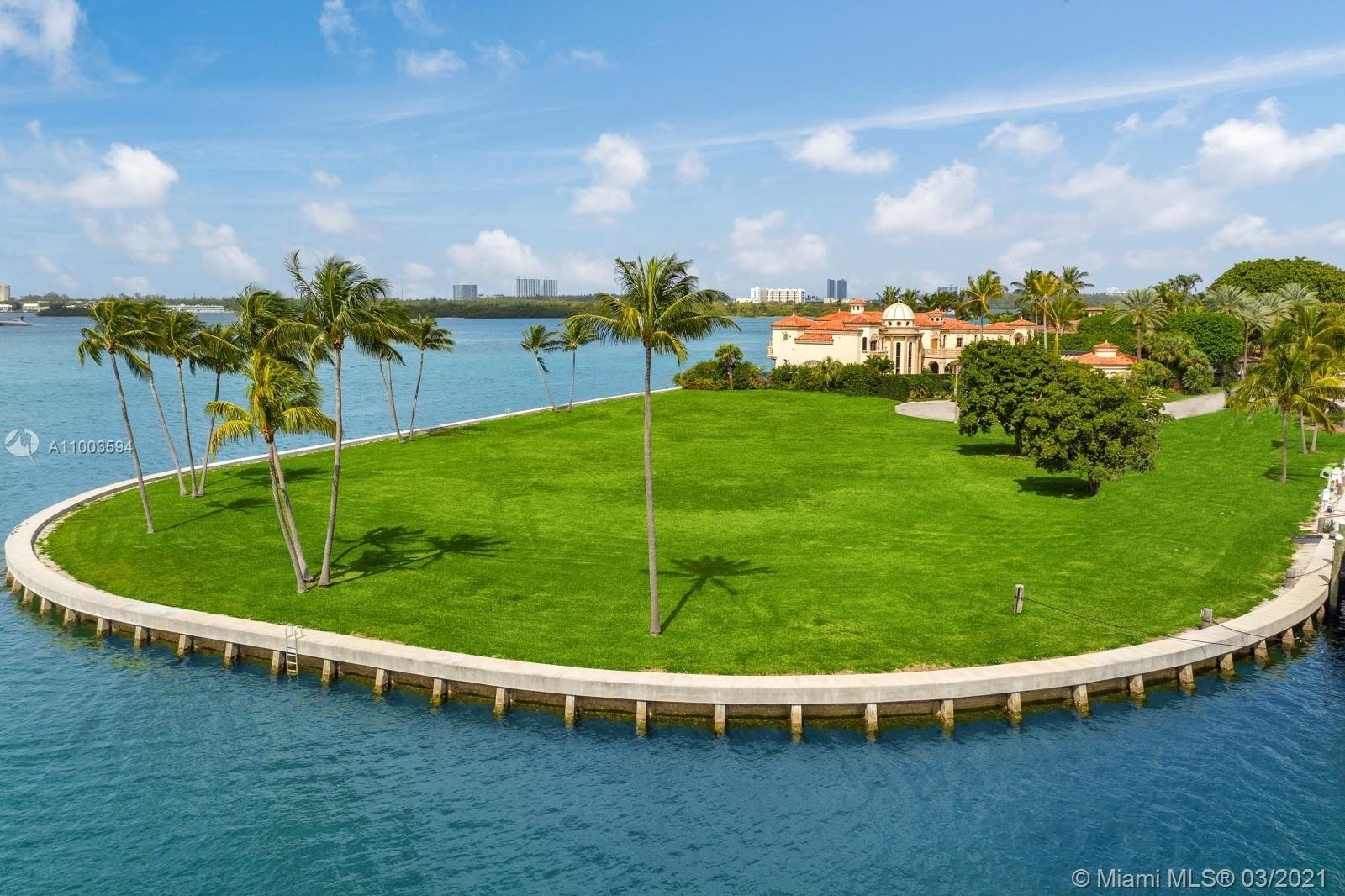 6. Single Family Homes for Sale at Bal Harbour, FL 33154