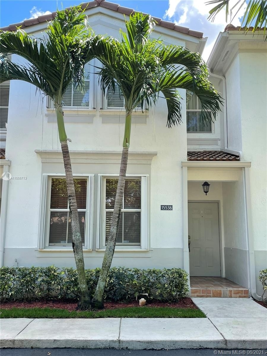Single Family Townhouse for Sale at 15536 SW 39th St , 288 Country Lakes, Miramar, FL 33027
