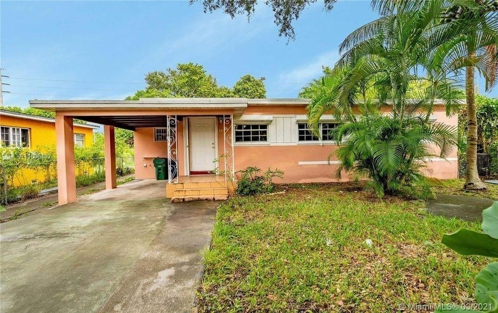 Property at Fulford Highlands, Miami, FL 33162