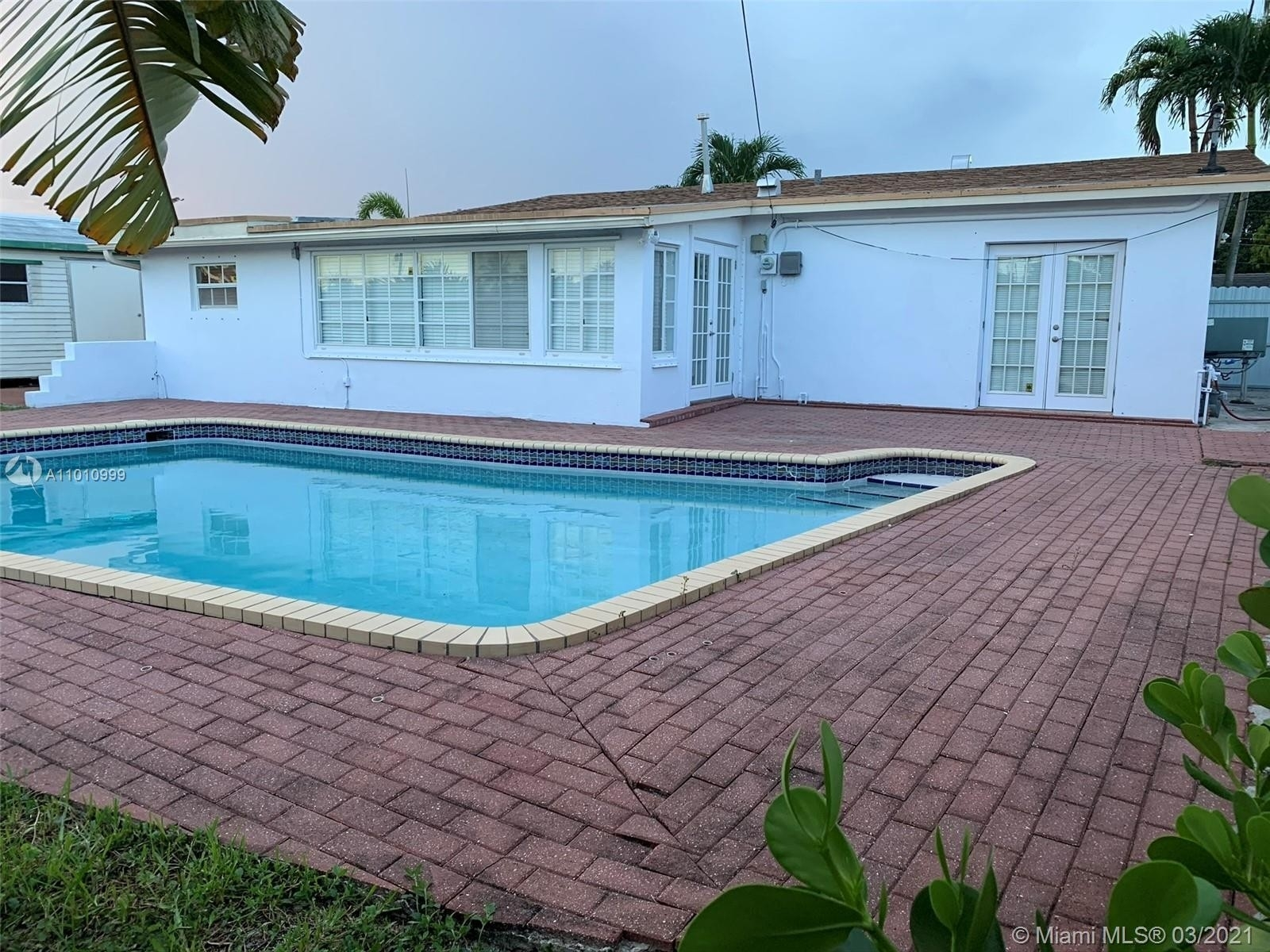 2. Single Family Homes for Sale at Palm Springs North, Hialeah, FL 33015