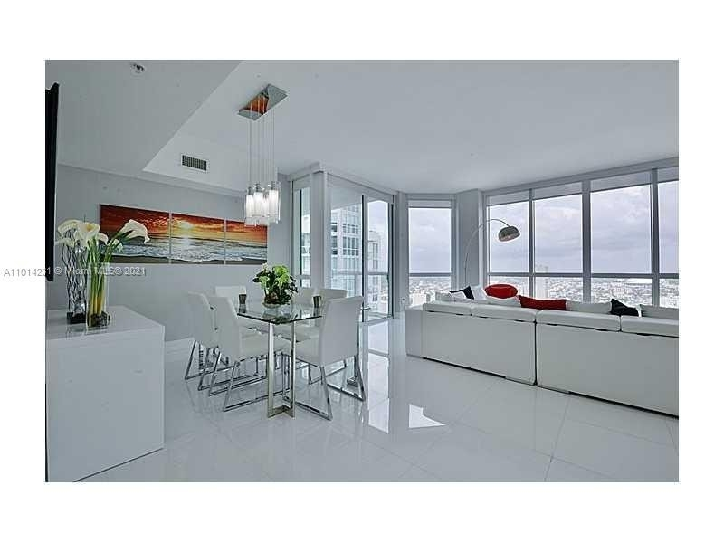 Condominium pour l Vente à 244 Biscayne Blvd , 4808 Miami Central Business District, Miami, FL 33132