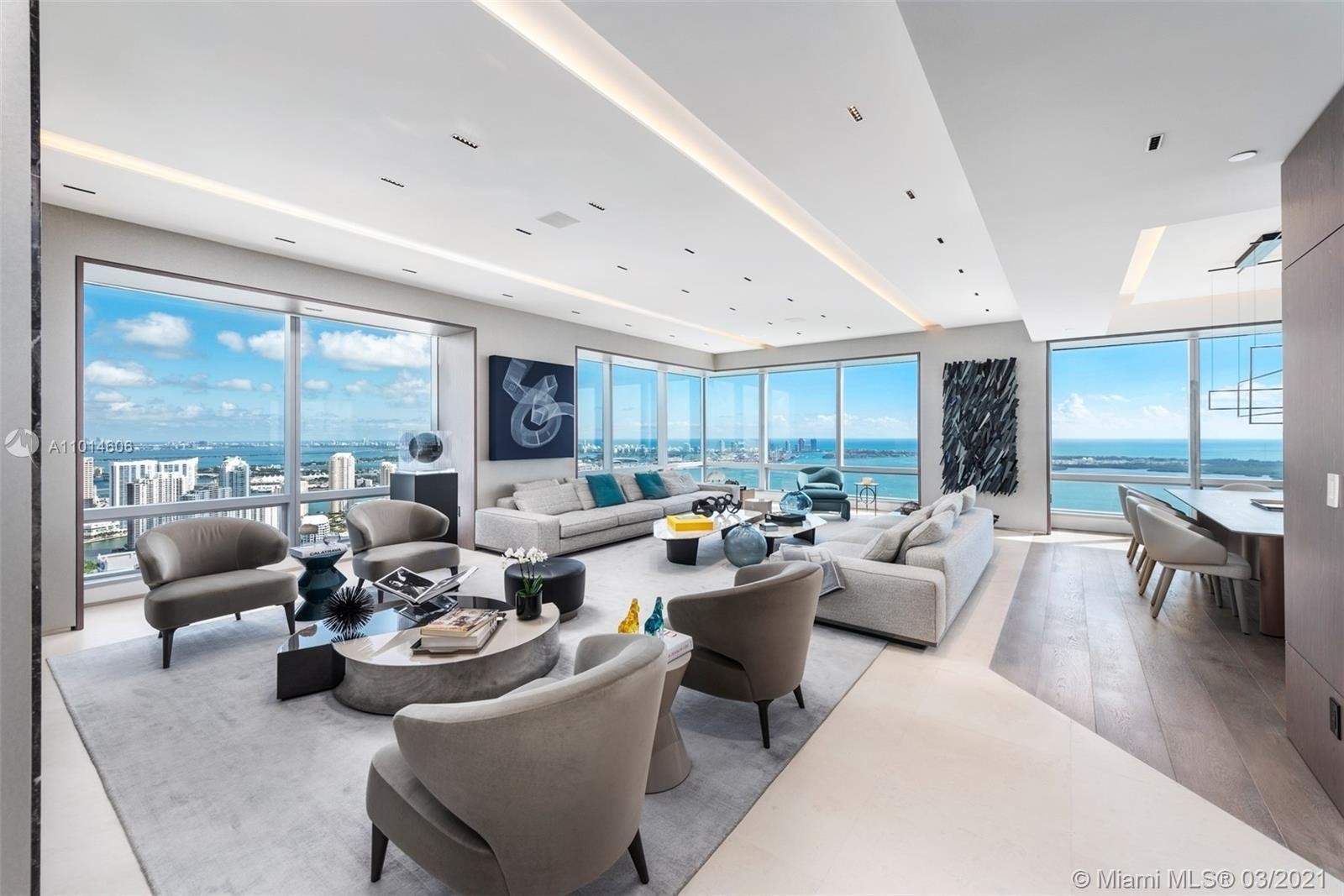 Condominium pour l Vente à 1425 Brickell Ave , 59ED Miami Financial District, Miami, FL 33131