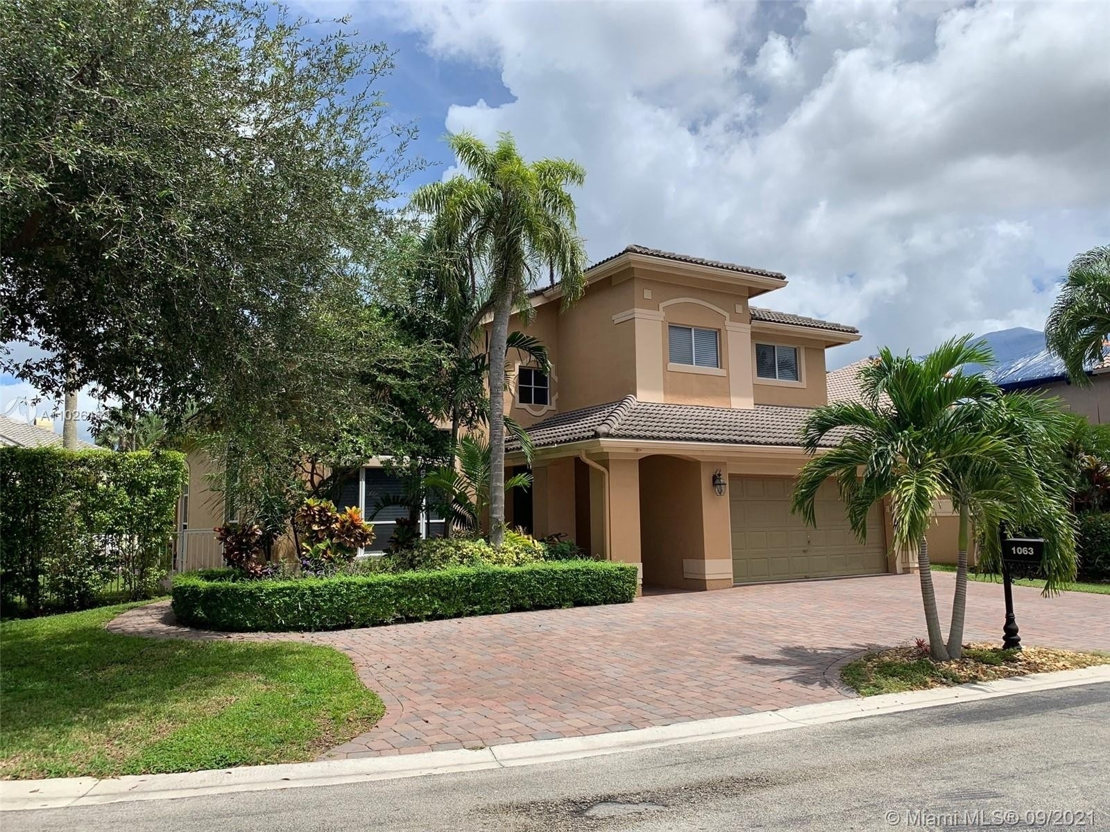 Single Family Home for Sale at Grand Palms, Pembroke Pines, FL 33027