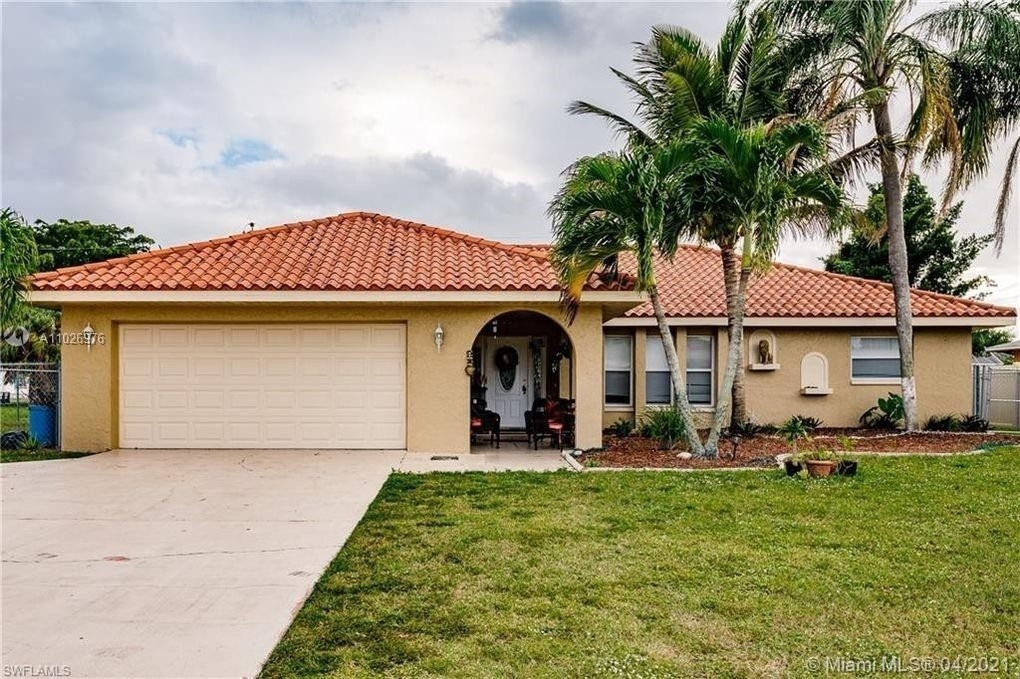 Property at Caloosahatchee, Cape Coral, FL 33904