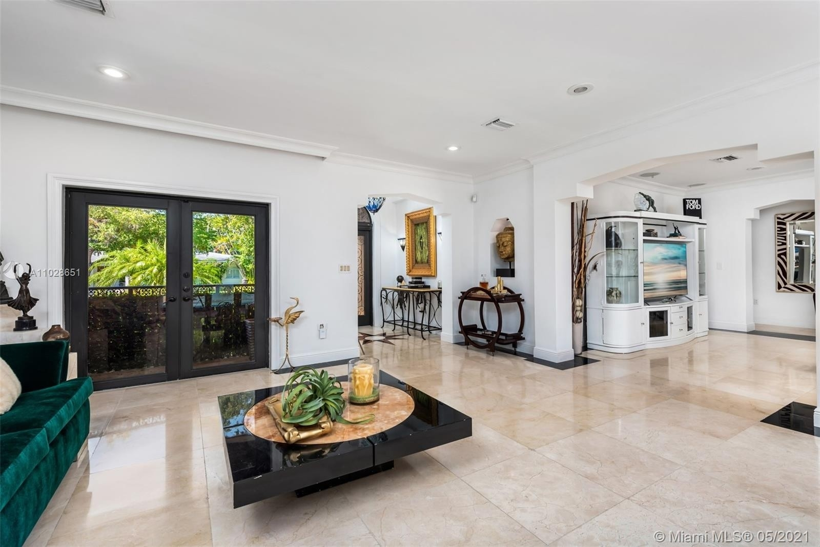 18. Single Family Homes for Sale at Riviera, Coral Gables, FL 33146