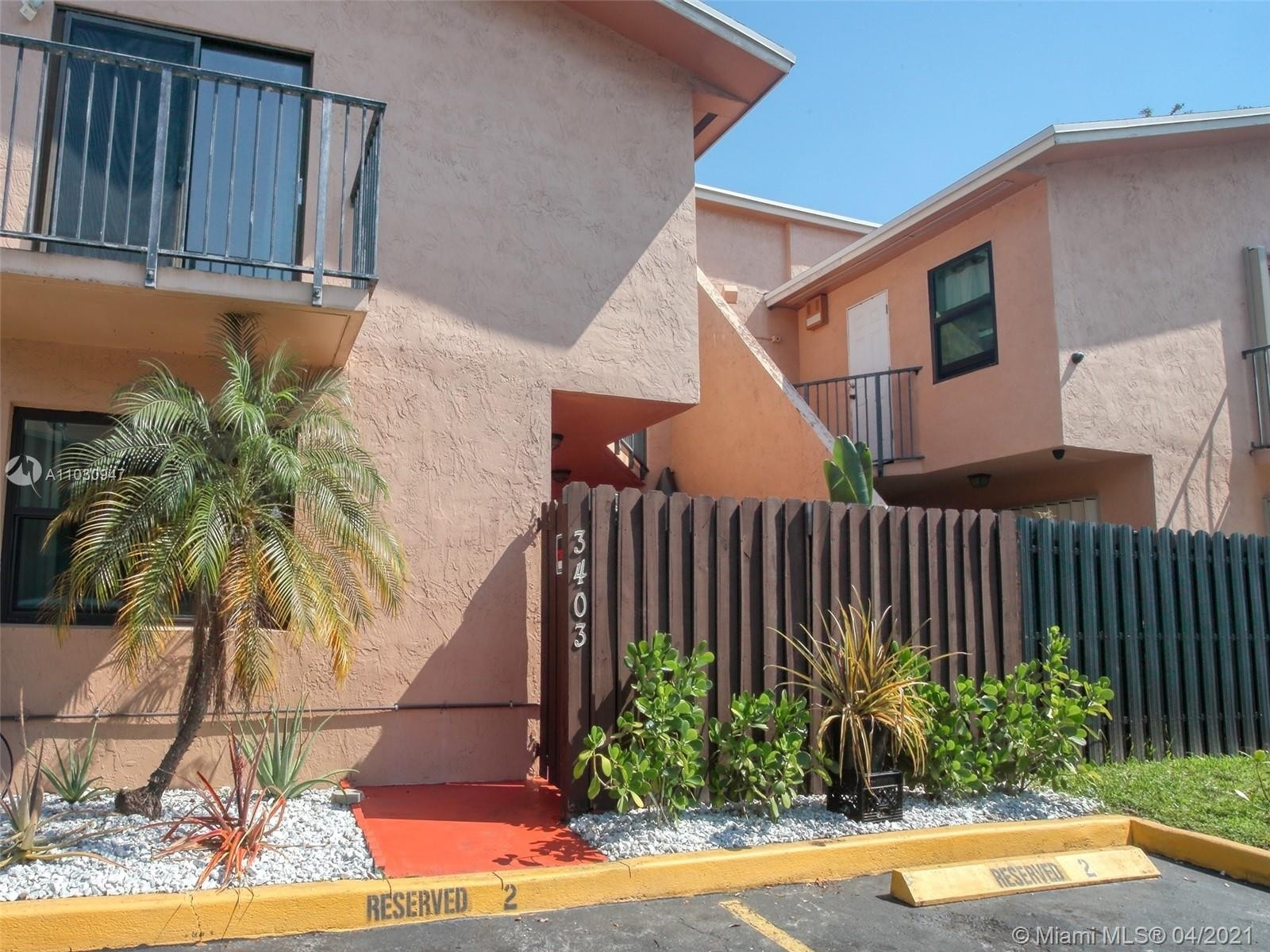 Single Family Townhouse for Sale at 3403 SW 52nd Ave , 3403 West Park, Pembroke Park, FL 33023