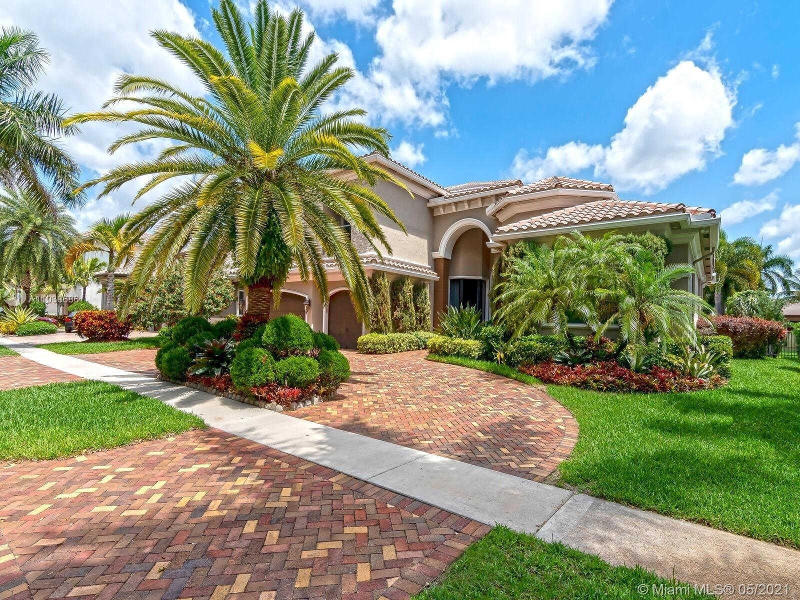 Single Family Home for Sale at Hawks Landing, Plantation, FL 33324