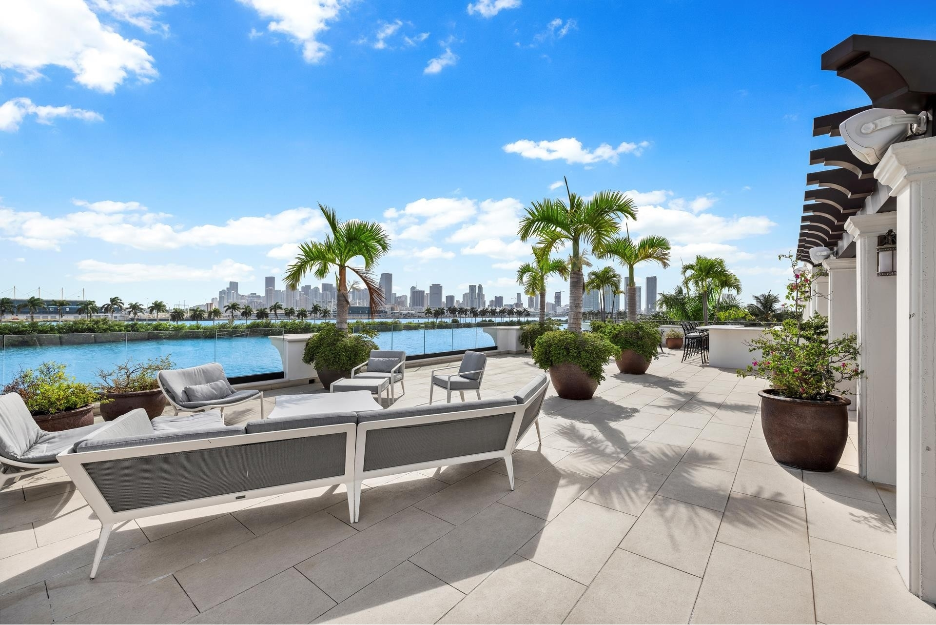 37. Single Family Homes for Sale at Palm Island, Miami Beach, FL 33139