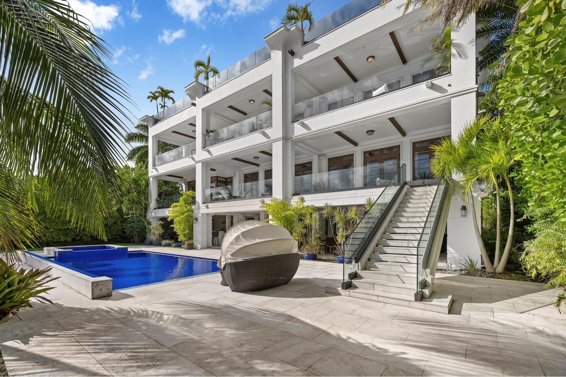 31. Single Family Homes for Sale at Palm Island, Miami Beach, FL 33139