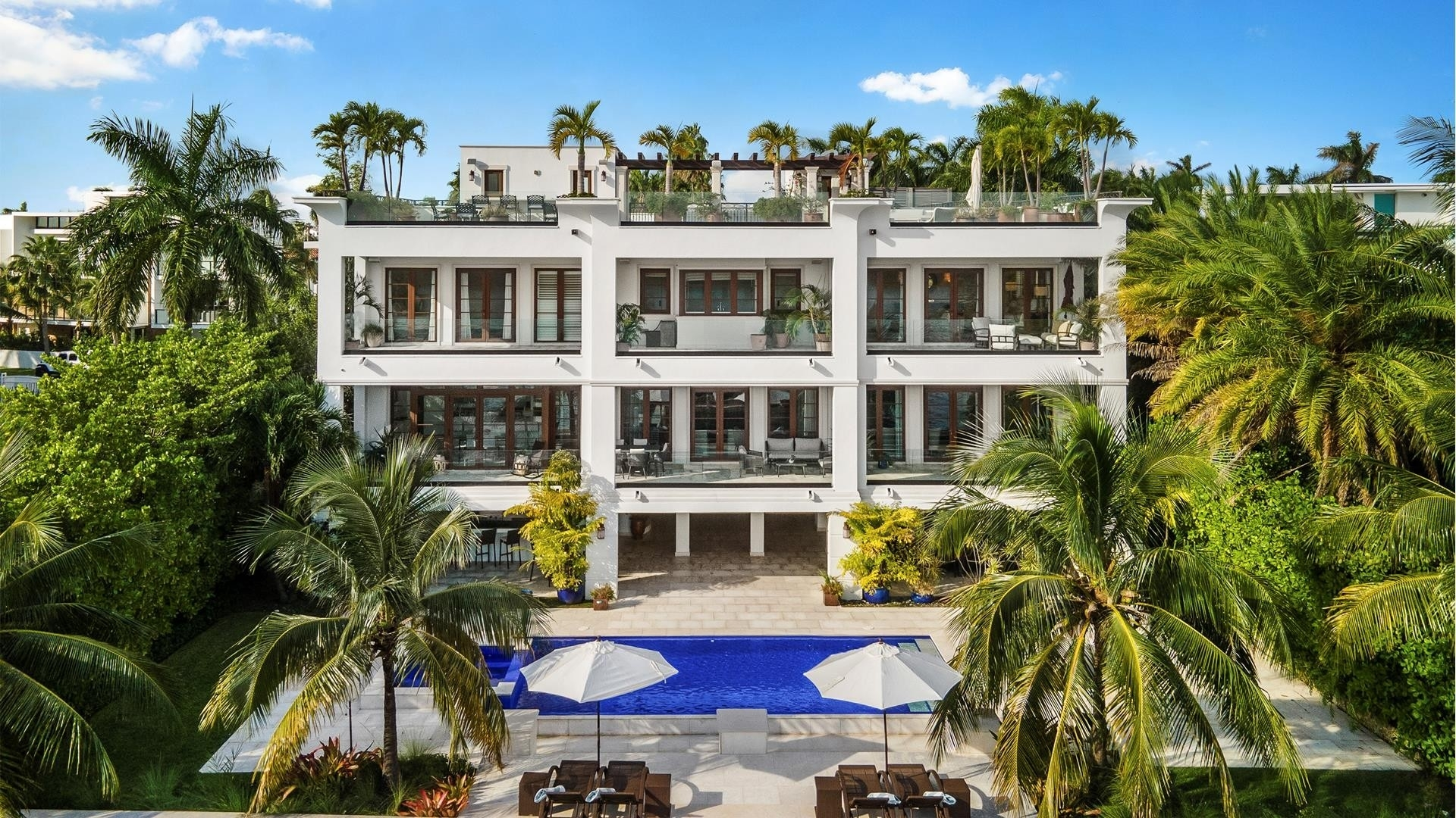 21. Single Family Homes for Sale at Palm Island, Miami Beach, FL 33139