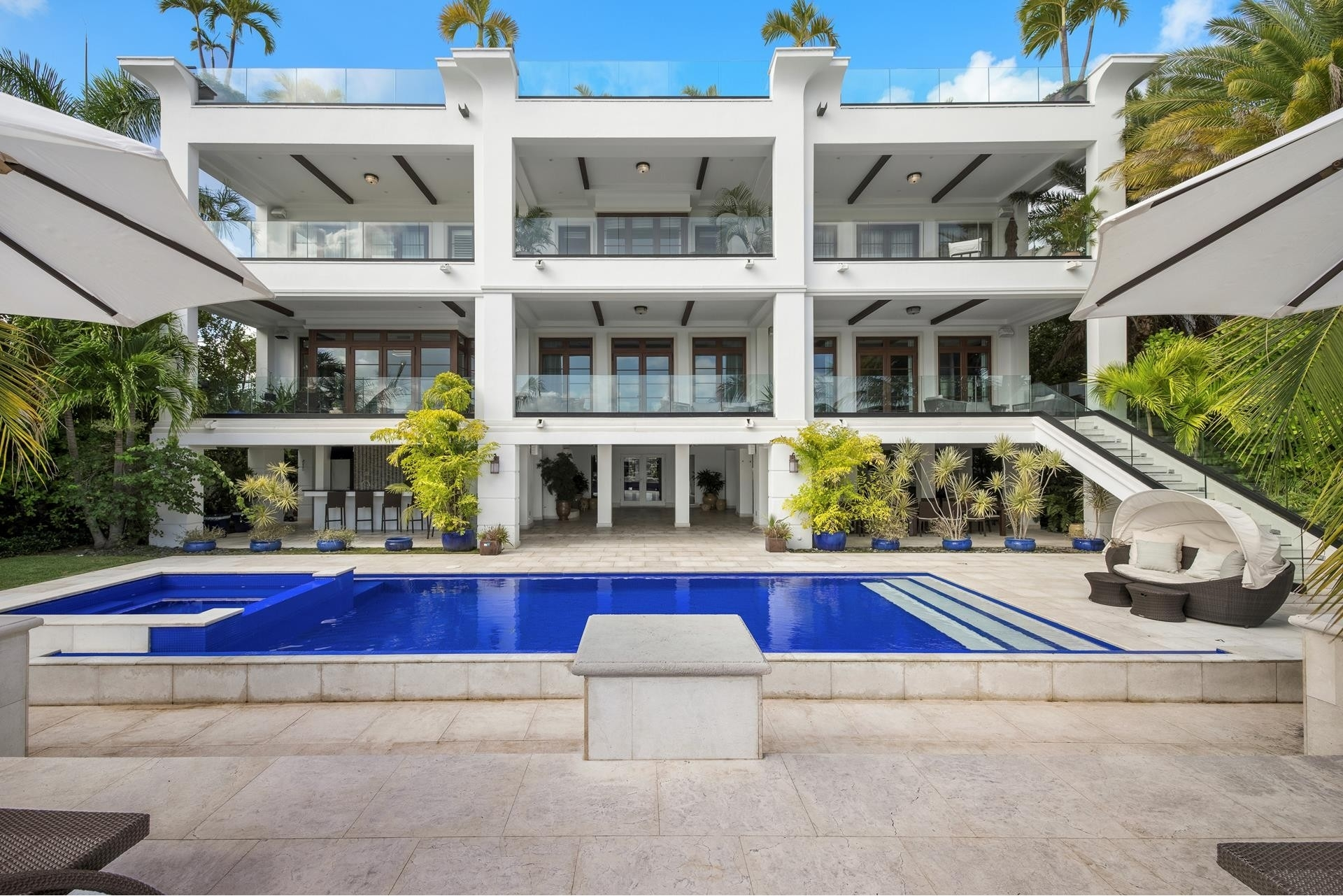 32. Single Family Homes for Sale at Palm Island, Miami Beach, FL 33139