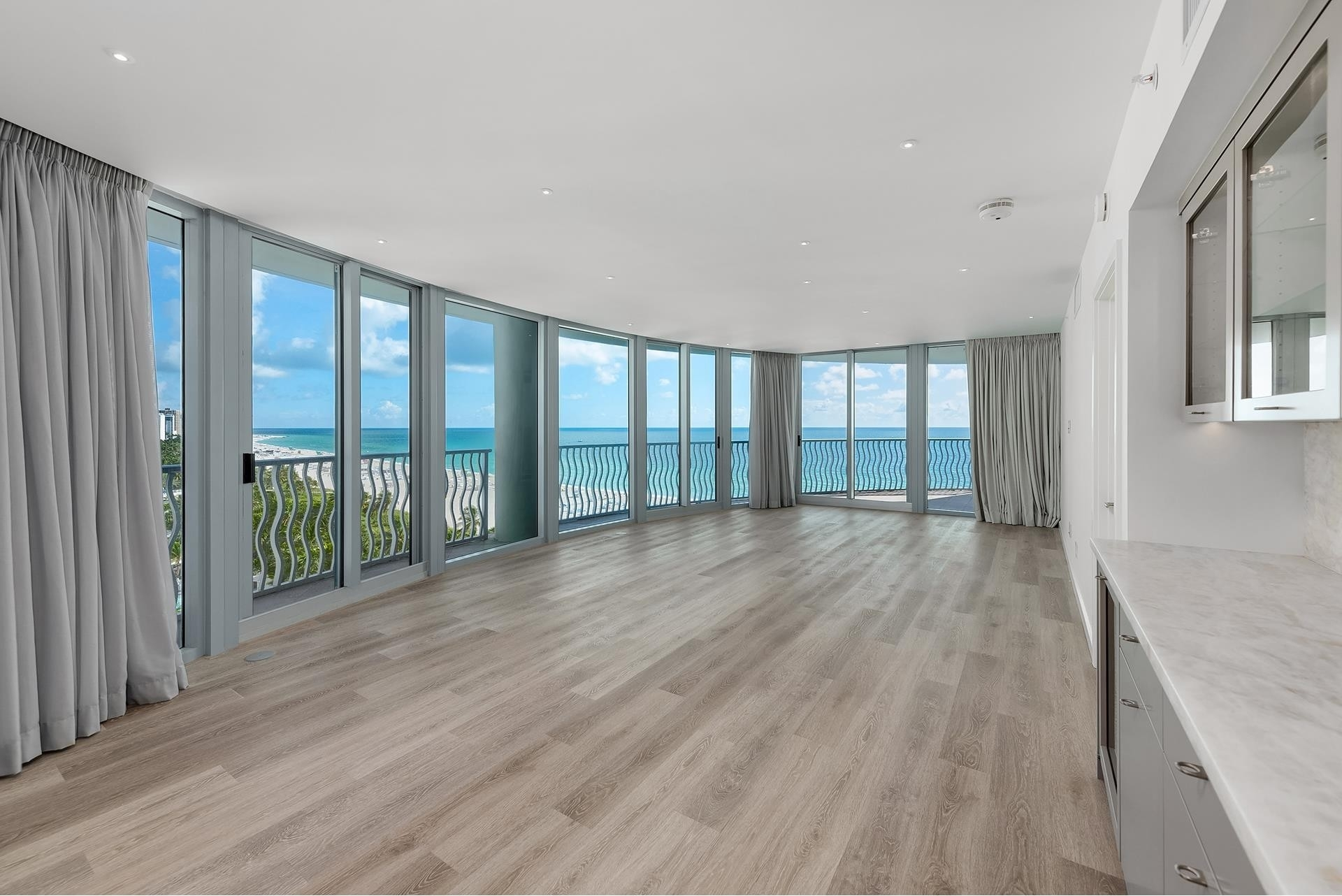 5. Condominiums for Sale at 1500 Ocean Dr , 1101 Miami Beach City Center, Miami Beach, FL 33139