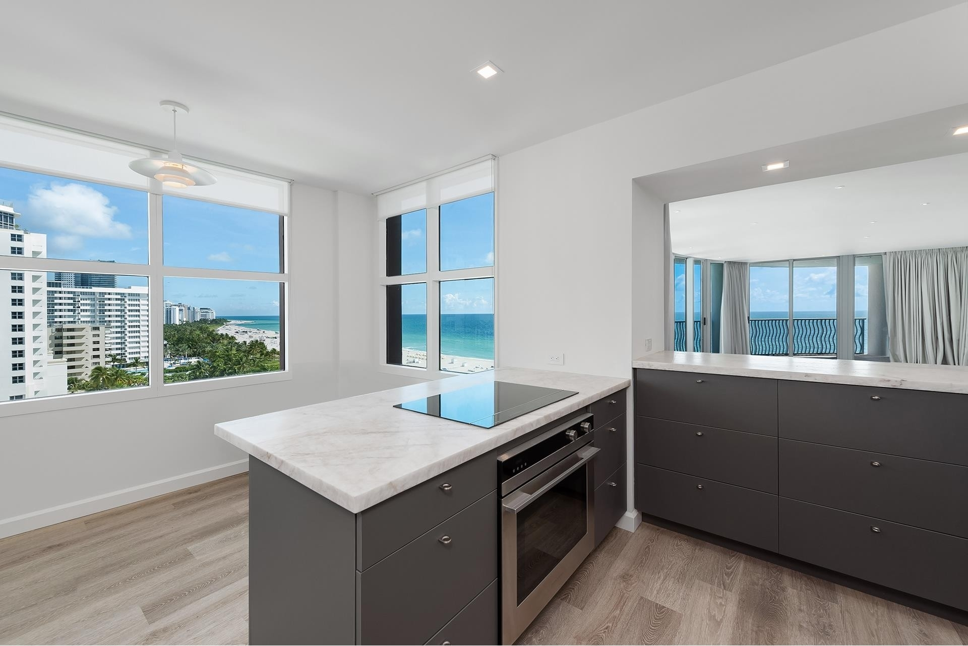 9. Condominiums for Sale at 1500 Ocean Dr , 1101 Miami Beach City Center, Miami Beach, FL 33139