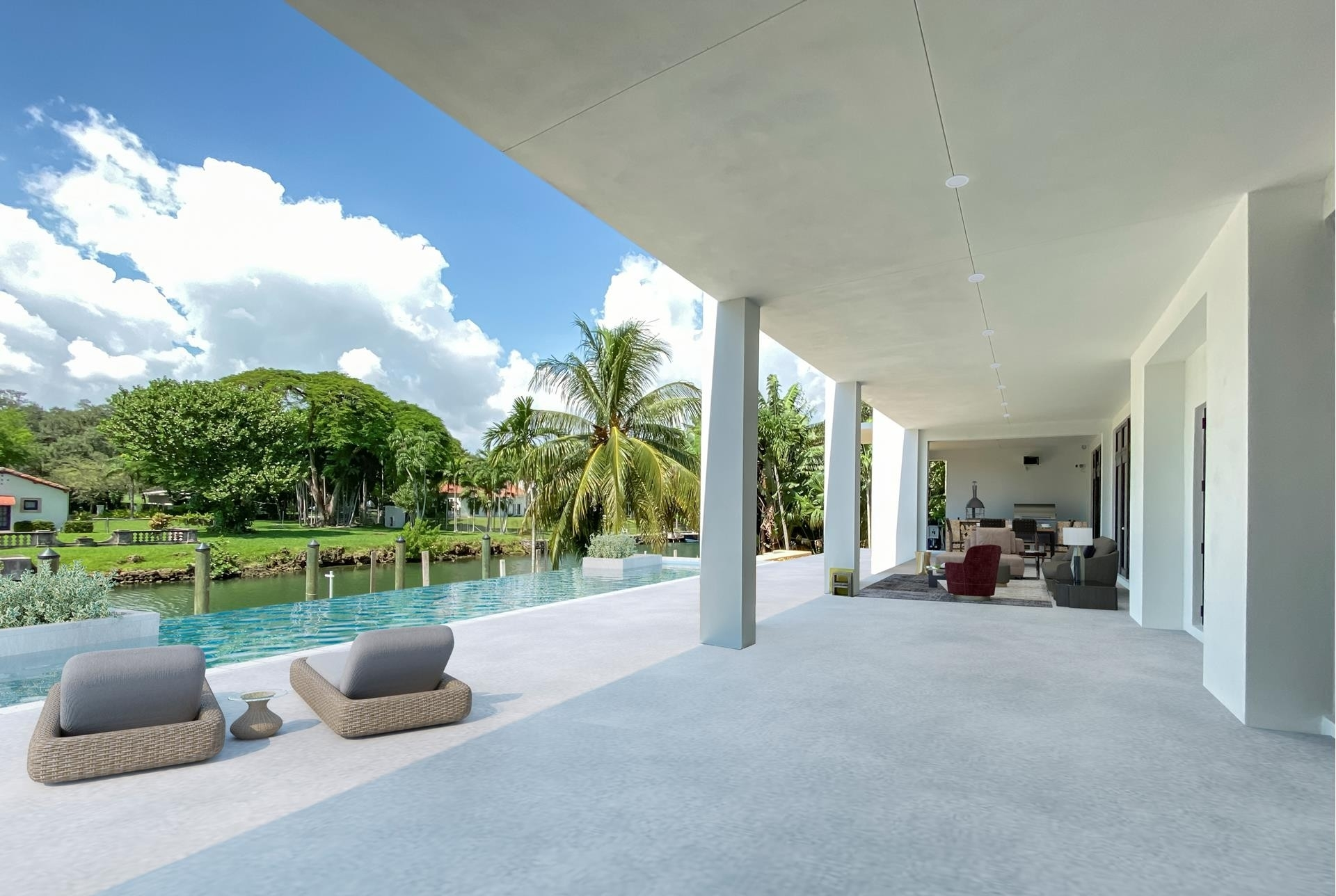 22. Single Family Homes for Sale at Country Club Section, Coral Gables, FL 33146