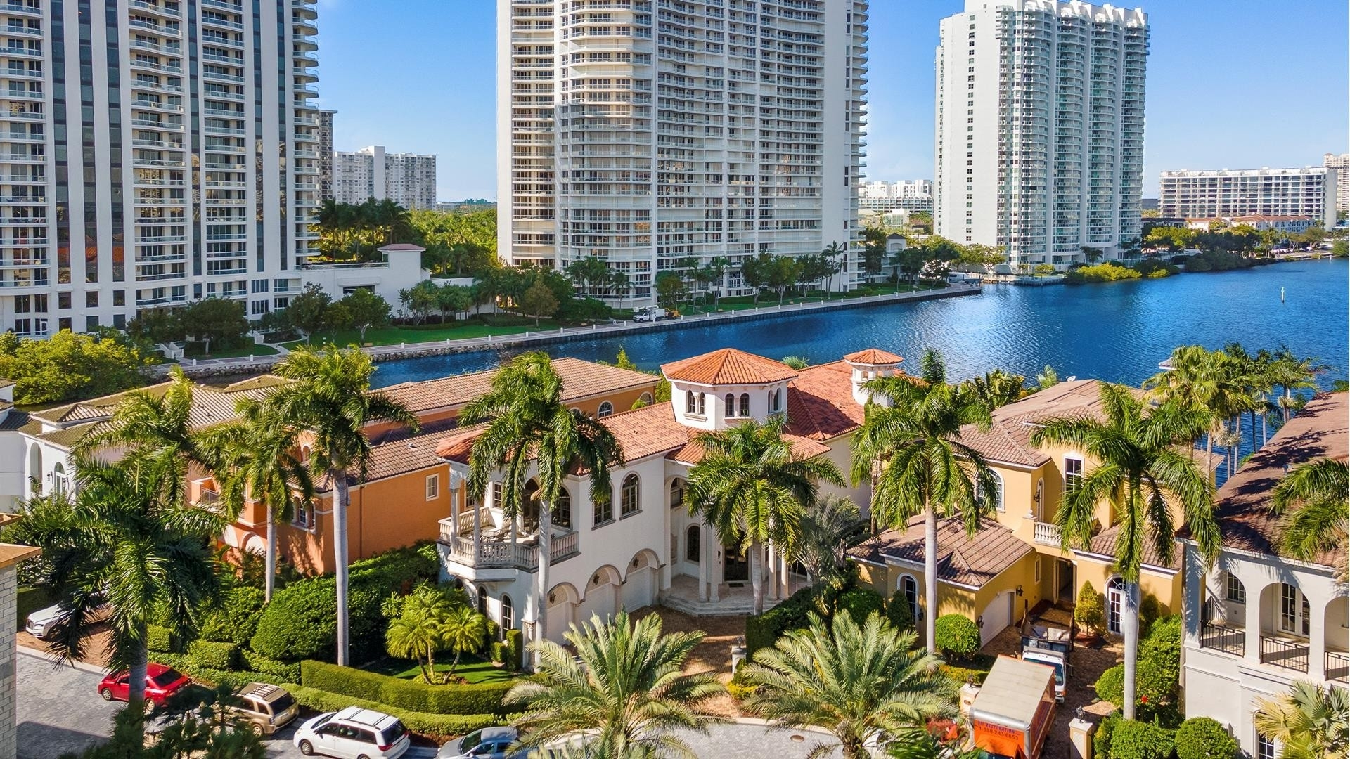 35. Single Family Homes for Sale at Aventura, FL 33160
