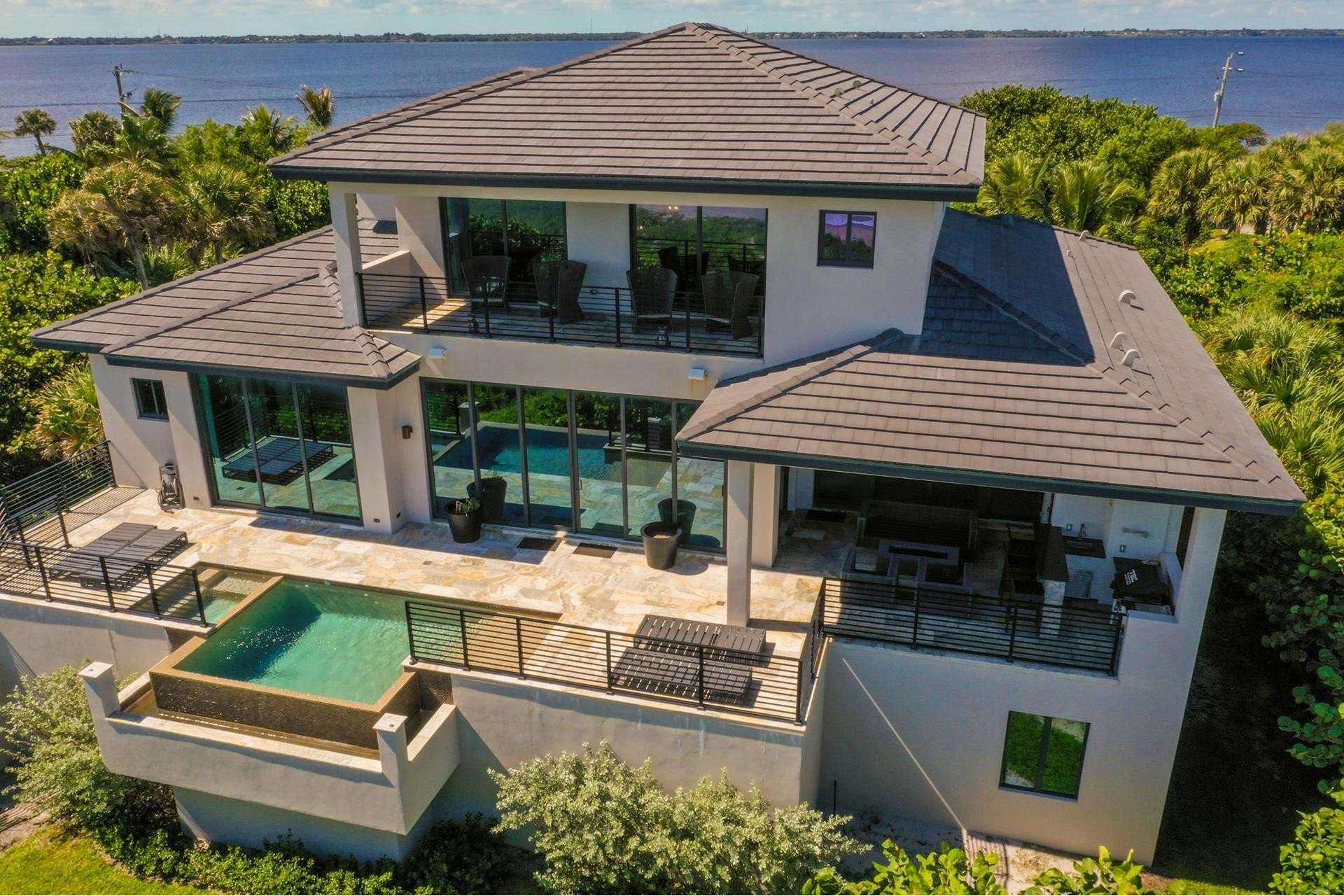 15. Single Family Homes 為 特賣 在 Hutchinson Island South, Jensen Beach, FL 34957