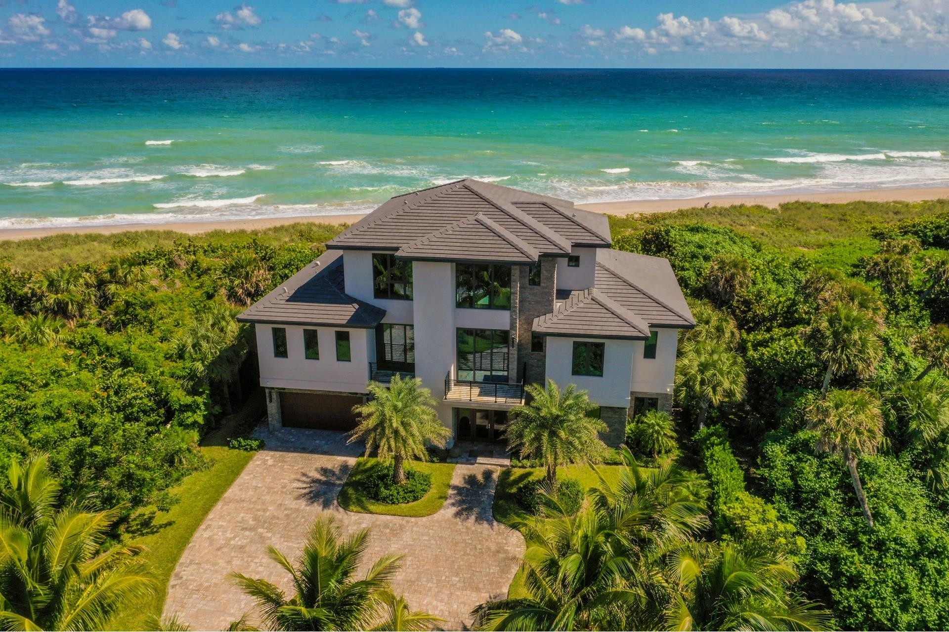 8. Single Family Homes 為 特賣 在 Hutchinson Island South, Jensen Beach, FL 34957