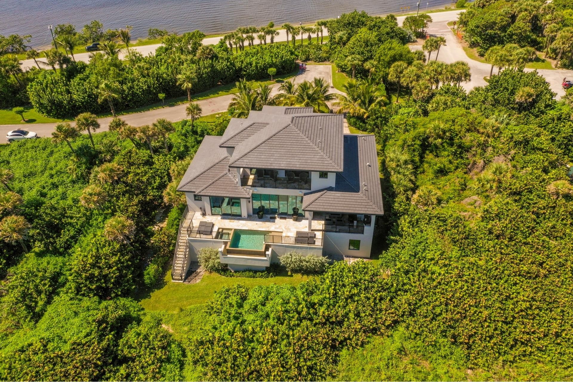 7. Single Family Homes 為 特賣 在 Hutchinson Island South, Jensen Beach, FL 34957