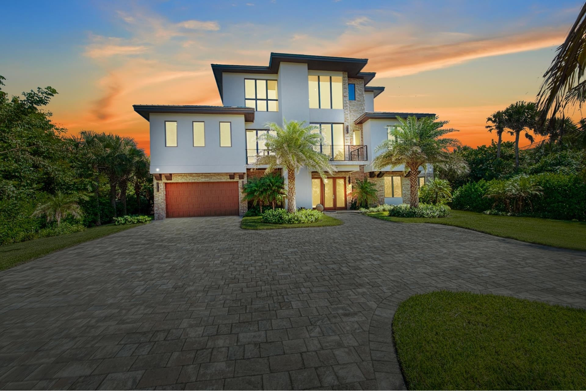 2. Single Family Homes 為 特賣 在 Hutchinson Island South, Jensen Beach, FL 34957