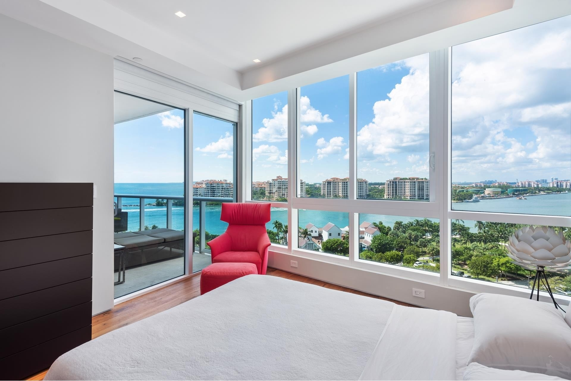 16. Condominiums for Sale at 100 S Pointe Dr , 1102-03 South Point, Miami Beach, FL 33139