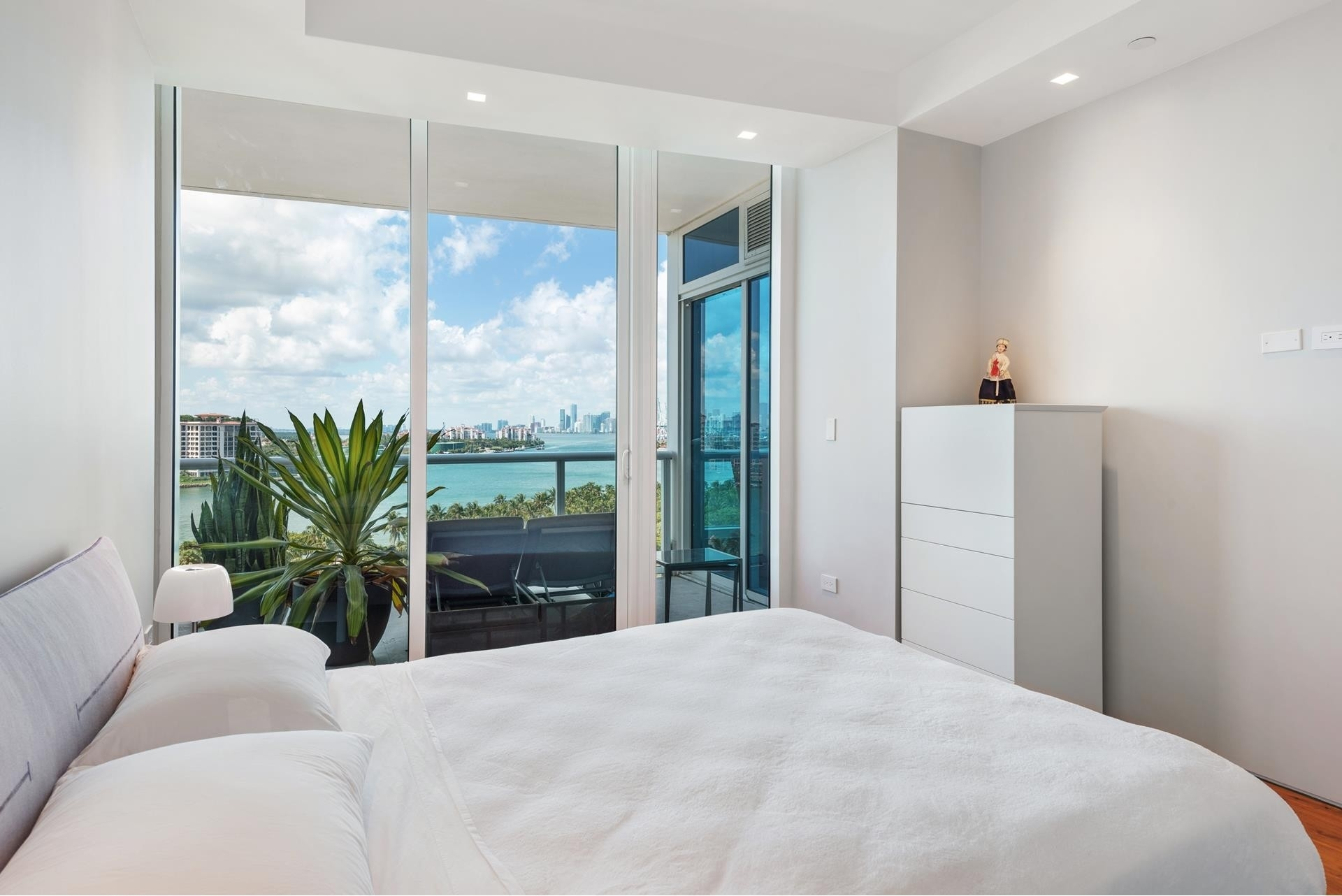19. Condominiums for Sale at 100 S Pointe Dr , 1102-03 South Point, Miami Beach, FL 33139