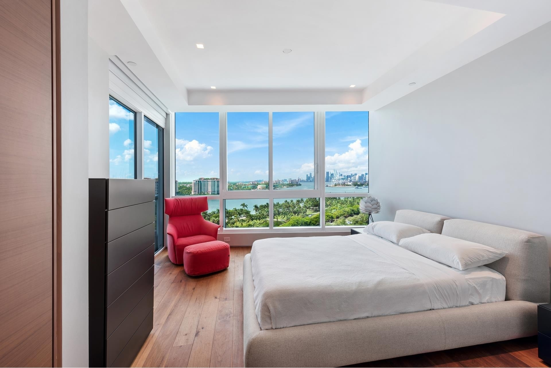 15. Condominiums for Sale at 100 S Pointe Dr , 1102-03 South Point, Miami Beach, FL 33139