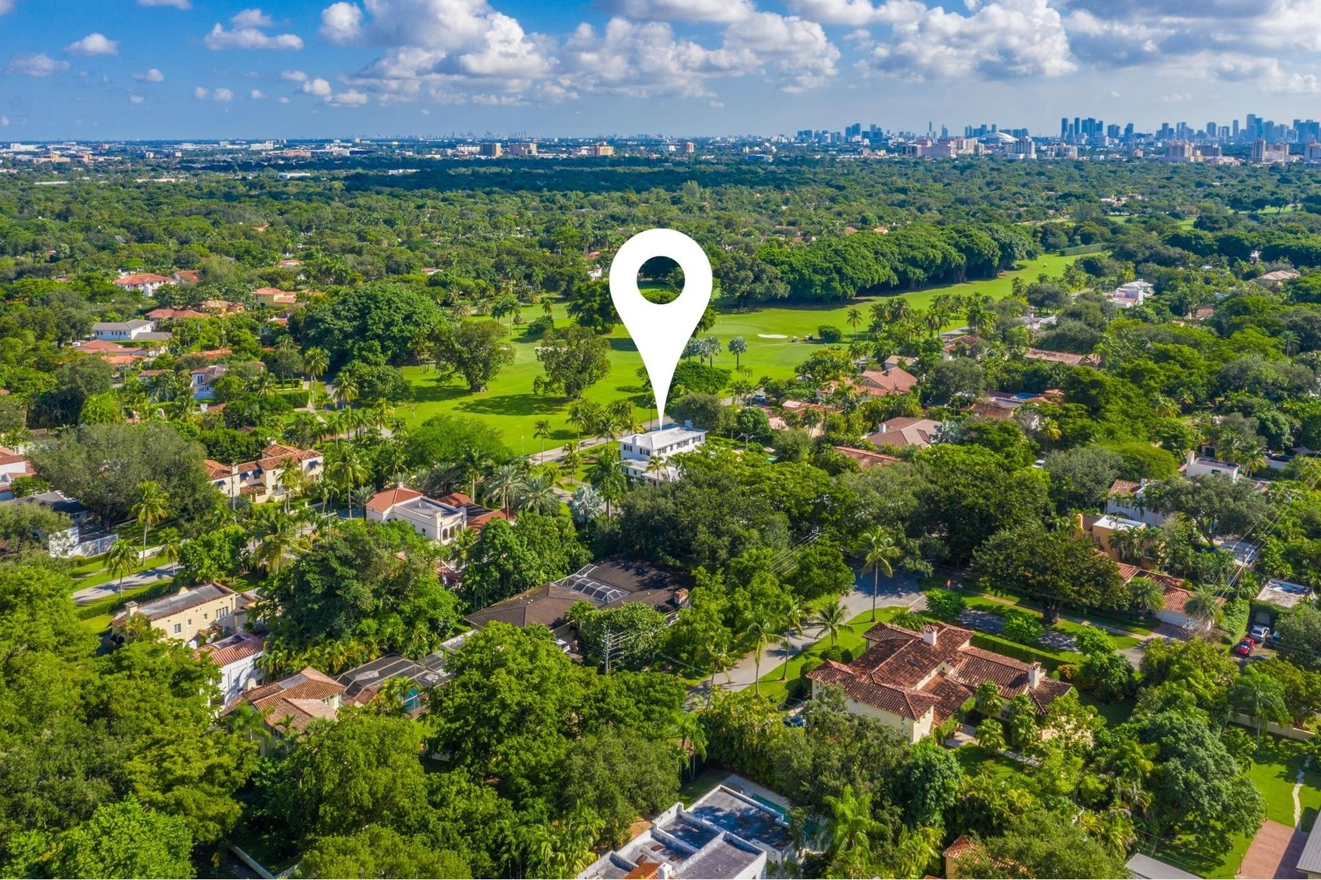 24. Single Family Homes for Sale at Granada, Coral Gables, FL 33134