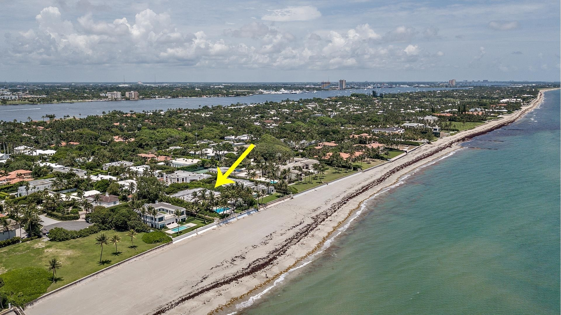 34. Single Family Homes pour l Vente à Palm Beach, FL 33480
