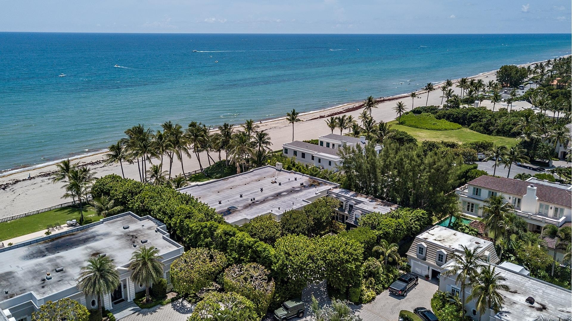 36. Single Family Homes pour l Vente à Palm Beach, FL 33480