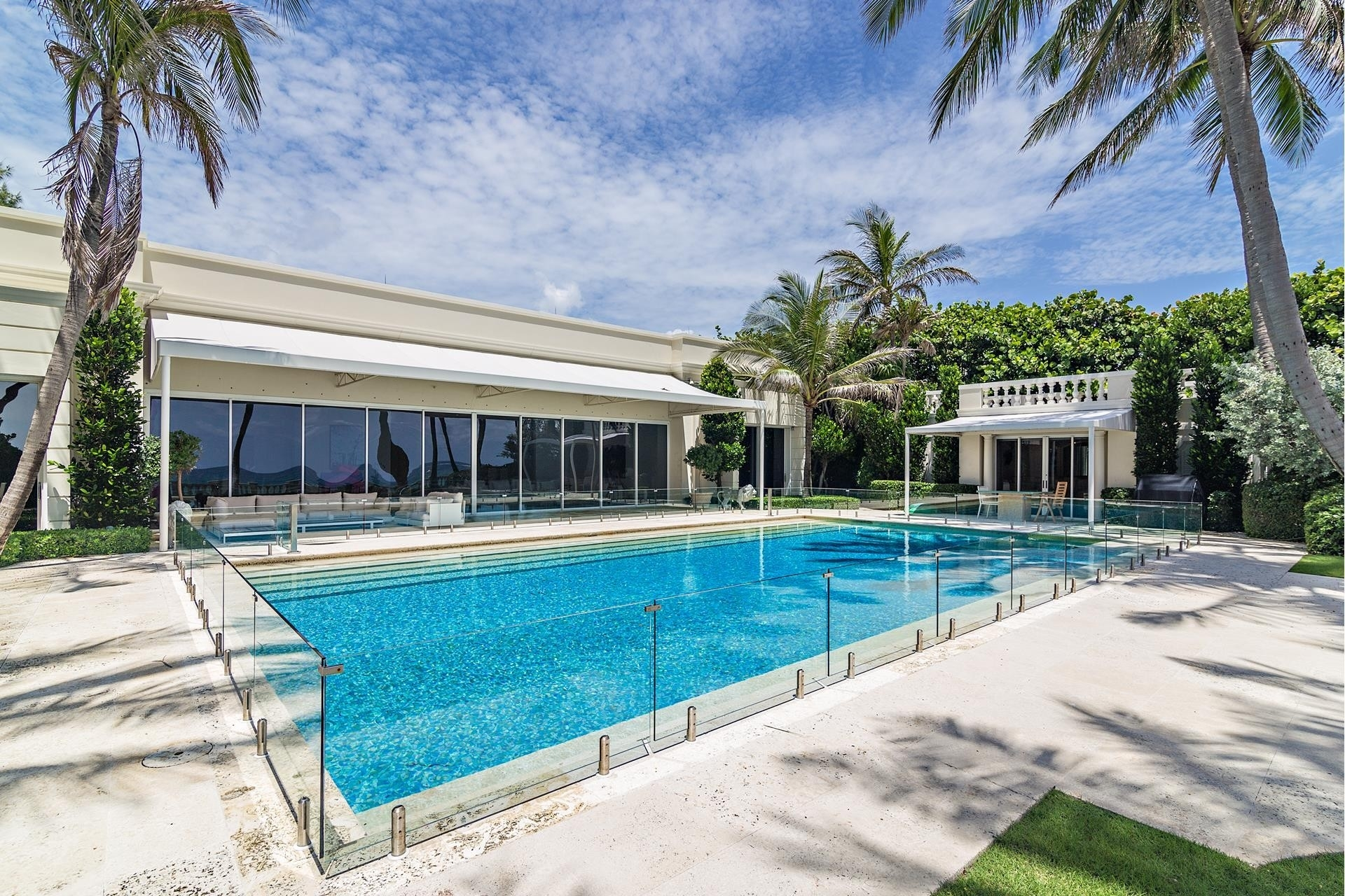 26. Single Family Homes pour l Vente à Palm Beach, FL 33480