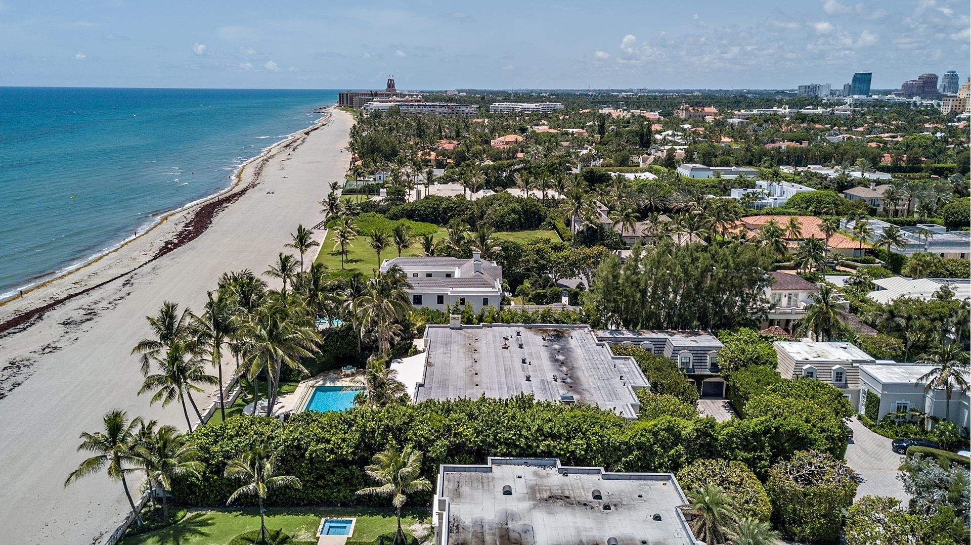 35. Single Family Homes pour l Vente à Palm Beach, FL 33480
