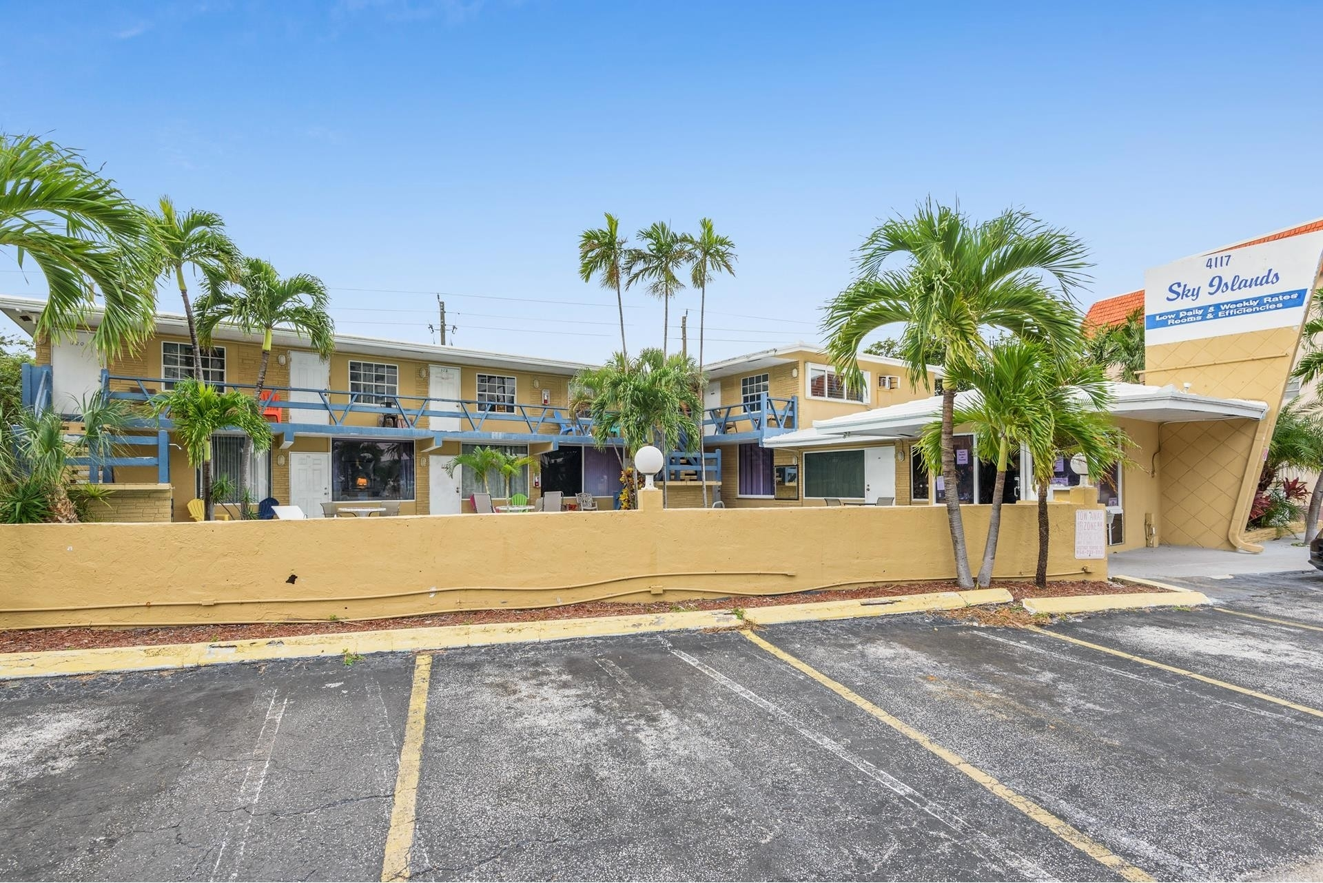 Commercial / Office for Sale at Bermuda Riviera, Fort Lauderdale, FL 33308