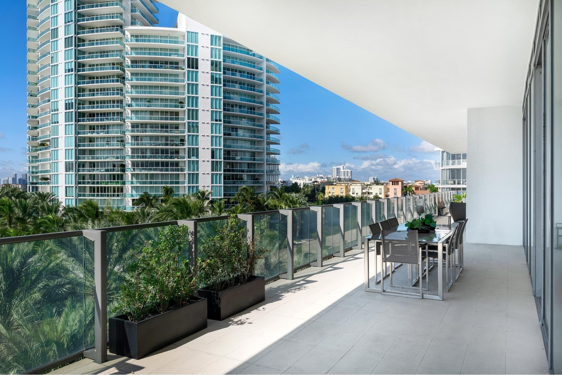 13. Condominiums for Sale at 800 S Pointe Dr , 504 South Point, Miami Beach, FL 33139