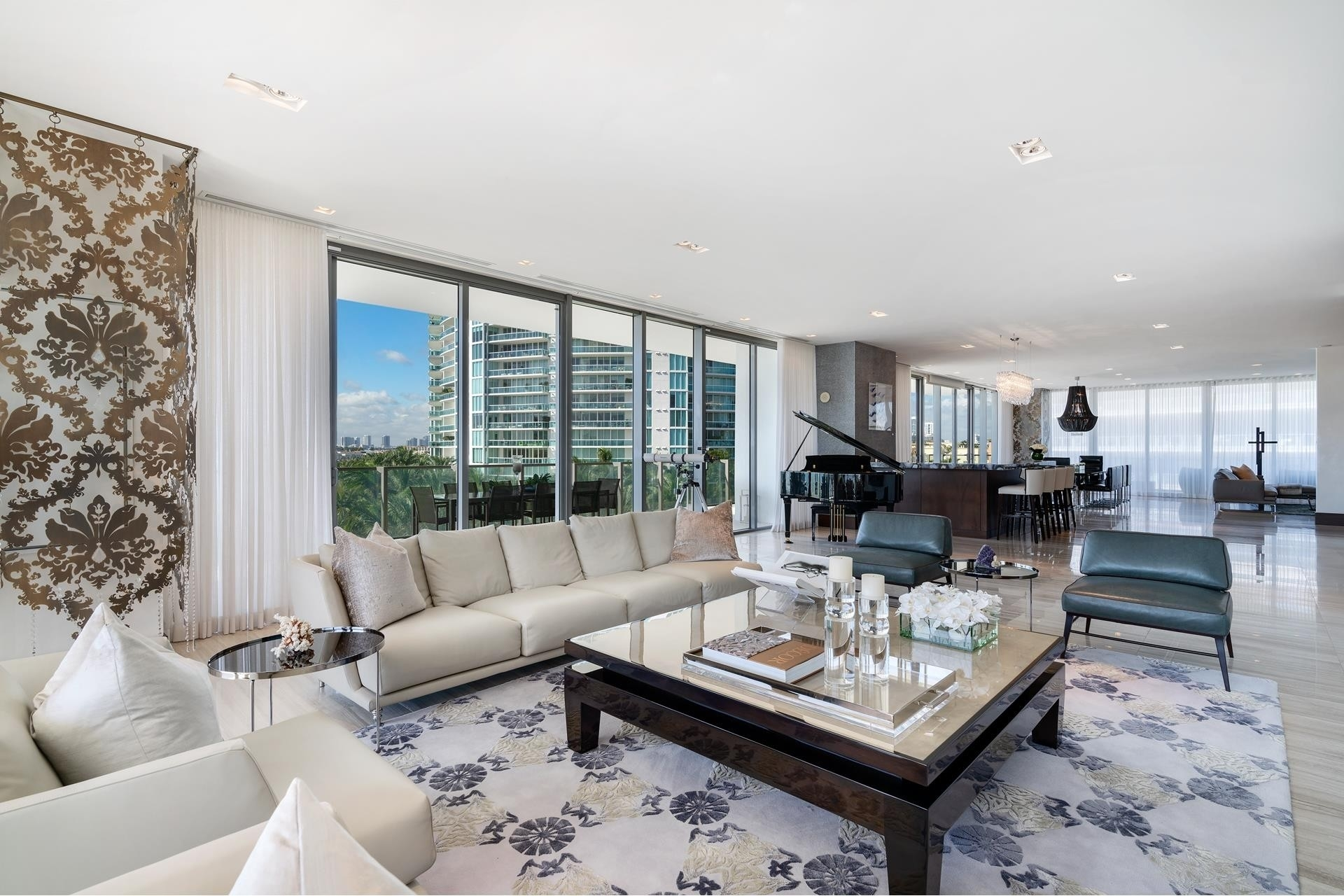14. Condominiums for Sale at 800 S Pointe Dr , 504 South Point, Miami Beach, FL 33139