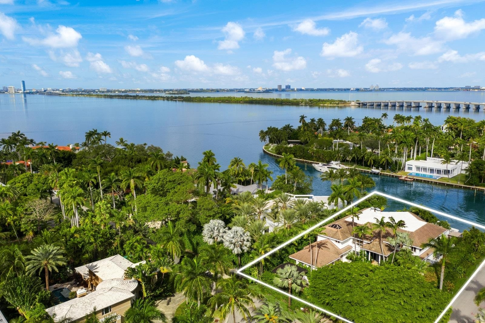 1. Single Family Homes for Sale at Bayshore, Miami Beach, FL 33140