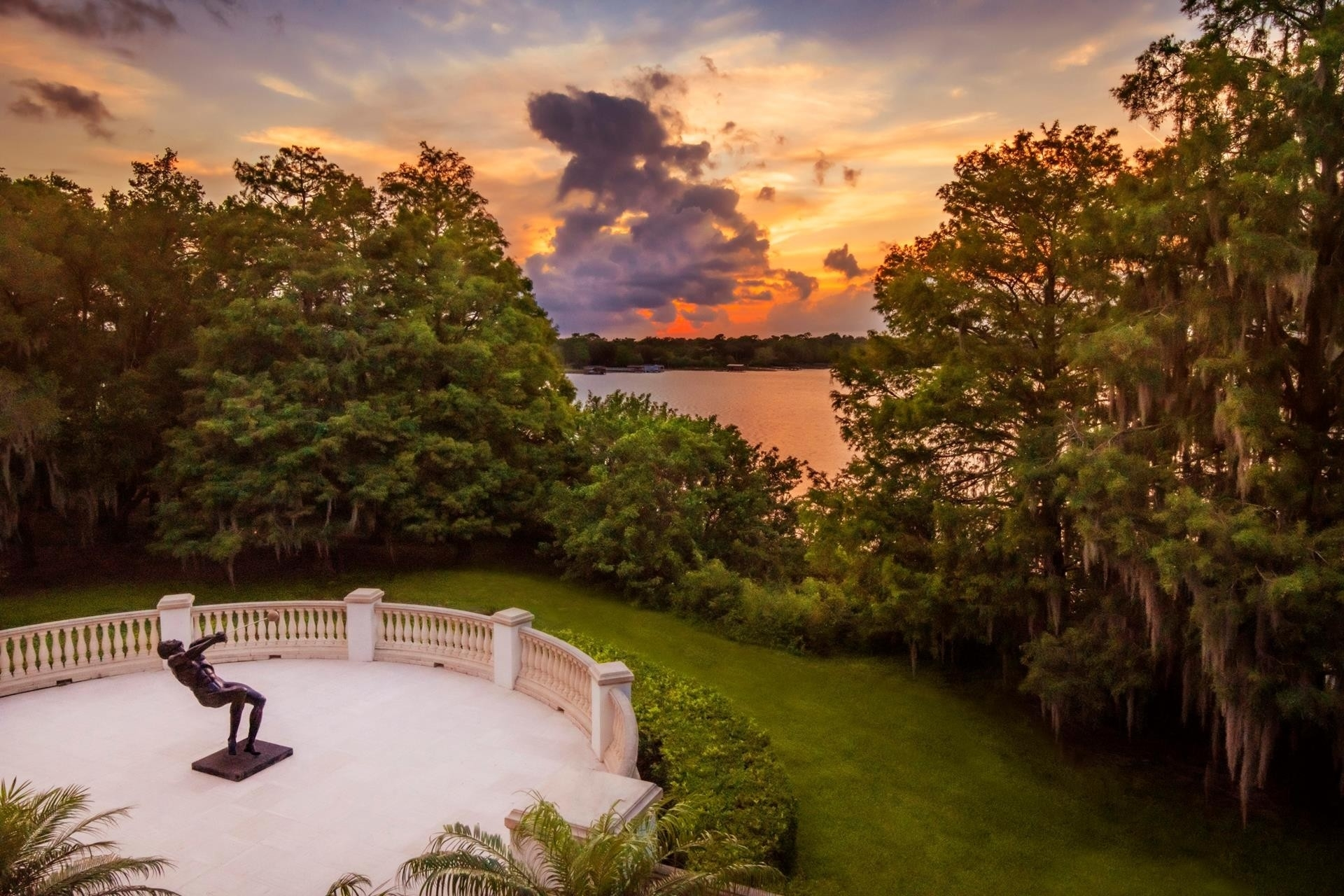 3. Single Family Homes for Sale at Champions Pt, Windermere, FL Lake Butler, Windermere, FL 34786