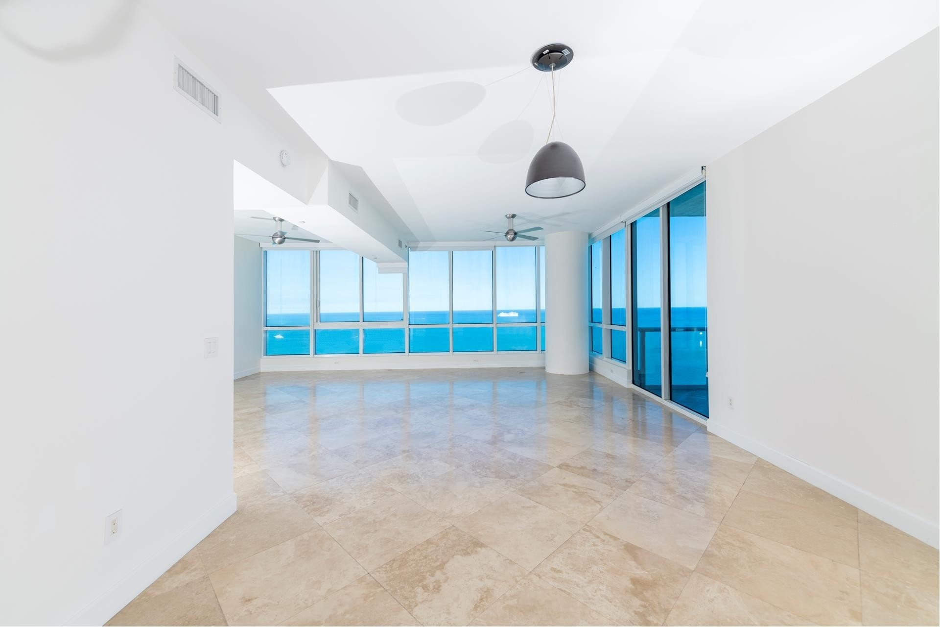 Property 在 100 S Pointe Dr , 3905 South Point, Miami Beach, FL 33139